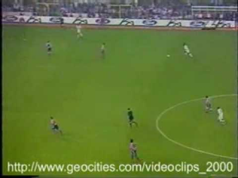 Best Long Shot Ever in History - Clarence Seedorf for Real Madrid vs Atletico Madrid