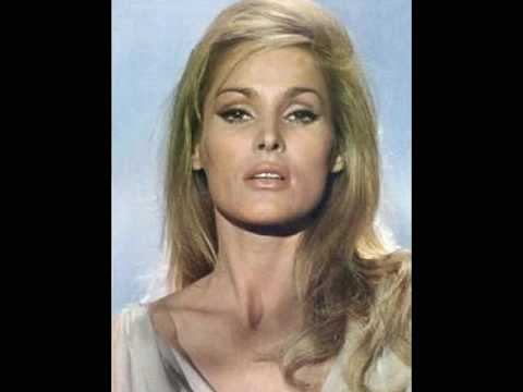 Movie Legends - Ursula Andress (Reprise)