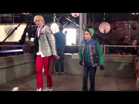 Austin & Ally - Behind The Scenes of Austin & Jessie & Ally All Star New Year