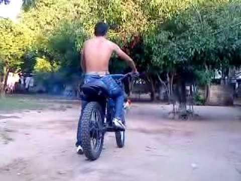 piques de moto yamaha Dt 100 Denys Moreno