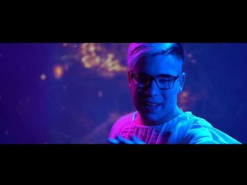 Neuzer Imre - Futok az éjben (Official Music Video)