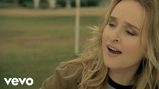Watch Melissa Etheridge Breathe video