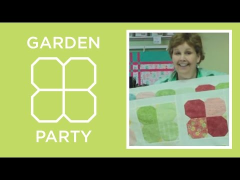 Garden Flower Charm Pack Quilt Tutorial
