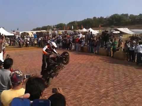 Ktm Duke Bike Stunts Ktm Duke 200 Stunts at India