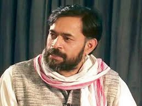Kiran Bedi is Modi's Insurance Policy, Says AAP's Yogendra Yadav - TOI