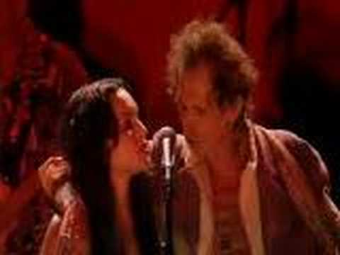 Norah Jones & Keith Richards - Love Hurts
