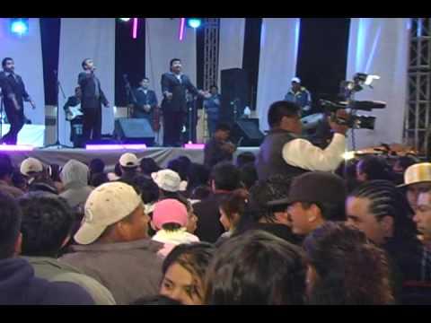 campeche show y el grupo guardianes del amor..........  hpn mexico
