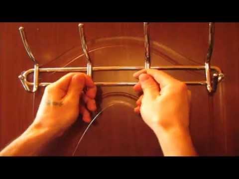 Как закрепить вешалку на пустую дверь