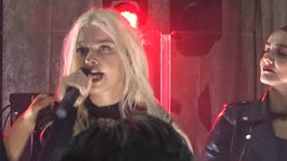 Alice Chater (@AliChater)-Heartbreak Hotel @thsndslnd, 15th Nov 2018