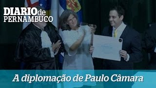 A diploma��o do governador Paulo C�mara
