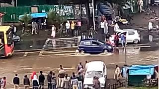 How to cross the road in addis Ethiopia