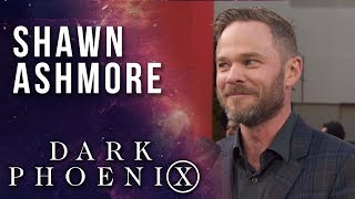 Shawn Ashmore keeps it cool at the X-Men: Dark Phoenix world premiere!