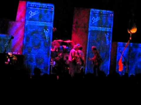 Neil Young & Crazy Horse - Cortez the Killer [Live Melbourne 13/3/2013]