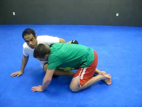 BJJ Grappling Defending the deep underhook guard pass Image 1
