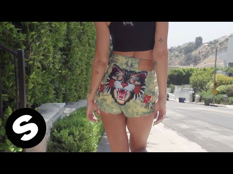ricky retro - Freak On Me (feat. Icona Pop) [Official Music Video]