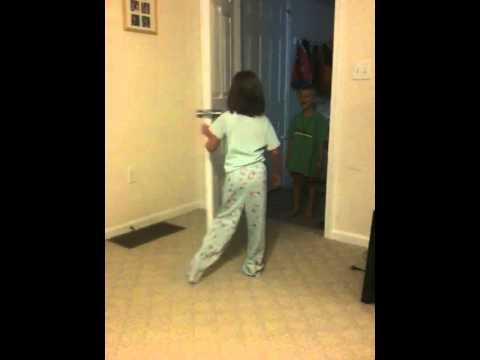 Meet Russell (Disney's UP!) - Reenactment