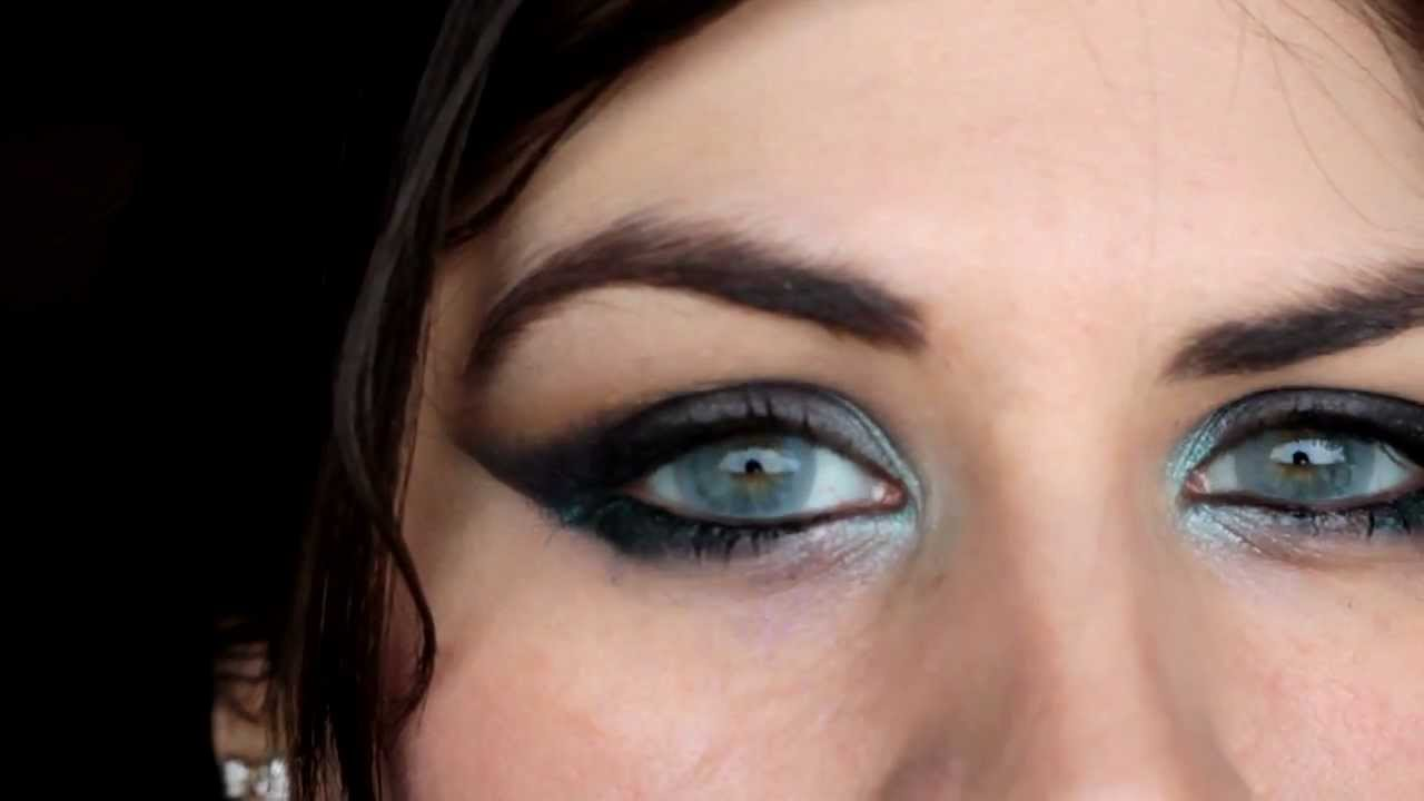 Eos Bubble Gray On Light Green Eyes Youtube