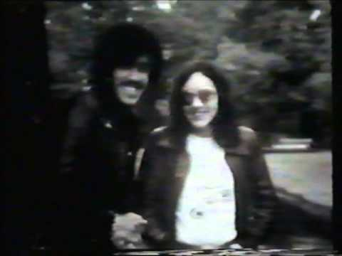 Philip Lynott - Thin Lizzy - Shades Of A Blue Orphanage Spoken (Me and my music 1977)