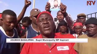 Police fires bullets and teargas to block Asuman Basalirwa's rally