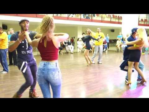 00069 RZCC 2016 Social dancing Fernanda and William part 1 ~ video by Zouk Soul