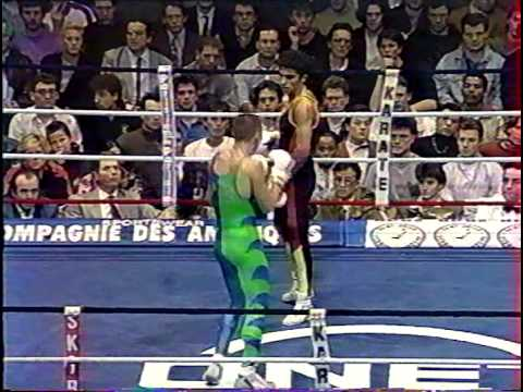 French boxing match Farina (FRA) vs. Comert (BEL) Image 1