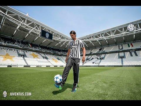 La presentazione ufficiale di Sami Khedira alla Juventus - Sami Khedira's official unveiling