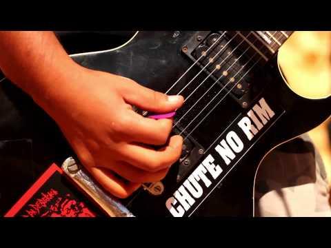 Chute No Rim - O Homem DestrÓi O Mundo (video Clipe Oficial) video