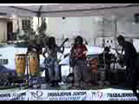 FERXA y su banda, palabras al viento