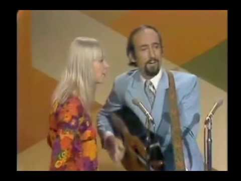 Peter, Paul & Mary - I Dig Rock And Roll Music