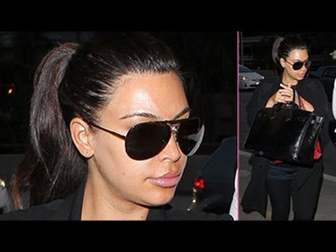 Kim Kardashian Screams at the Paparazzi