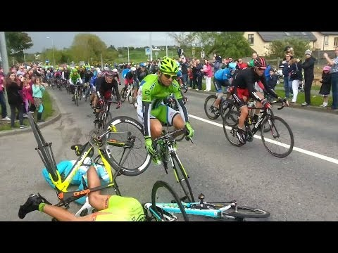 Giro d'Italia Massive Crash 2014 Stage 3 Ireland, Slow Motion