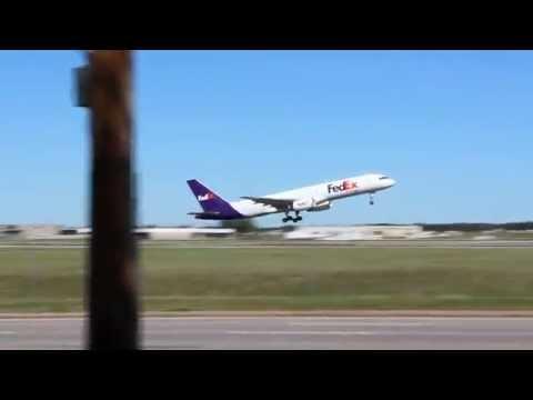 Fedex 757 Takeoff Memphis International Airport