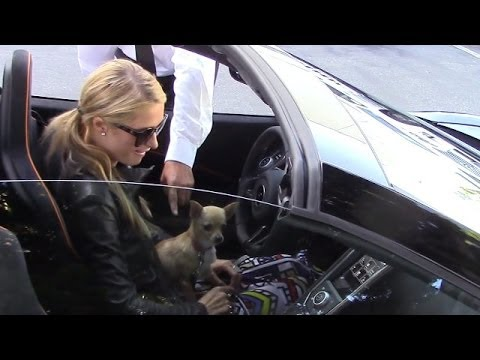 Paris Hilton Doesn't Know How To Start Her New Car