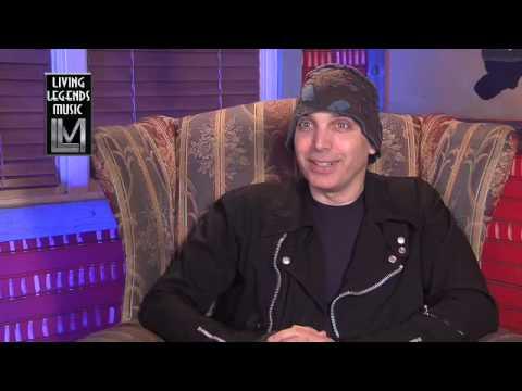 Joe Satriani - Seeking the Holy Grail (5 of 11)