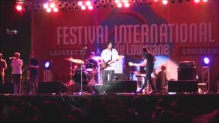 "Black Joe Lewis perform ""Big Booty Woman"" at Festival International de Louisiane"