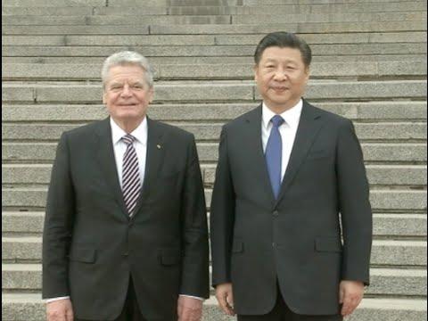 Xi Jinping meets German President Joachim Gauck
