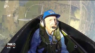 96-year-old WWII pilot takes flight again in Tampa