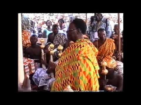 THE QUEENS RENDER GREETINGS VIDEO. JUABEN IN ASHANTI, Ghana, Africa, kente.