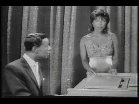 "Natalie Cole - WHEN I FALL IN LOVE (duet with Nat ""King"" Cole) [Official Video]"