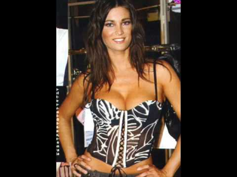 Manuela Arcuri vs Alessandra Pierelli