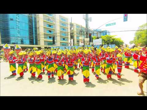 A Indak-indak sa kadalanan (Street Dancing) sa Kadayawan 2015 Dabaw Festival