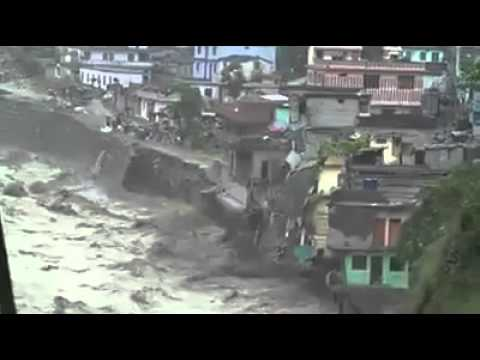 Watch Uttarakhand Flood June 2013 Heavy Rain in Uttrakhand   Cloud bursts trigger flooding