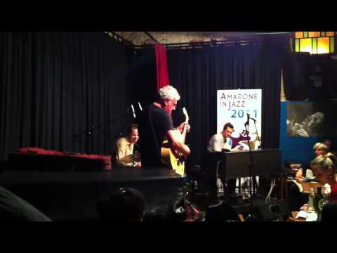 Jim Mullen Le Cantine Amarone in jazz 2011.MOV