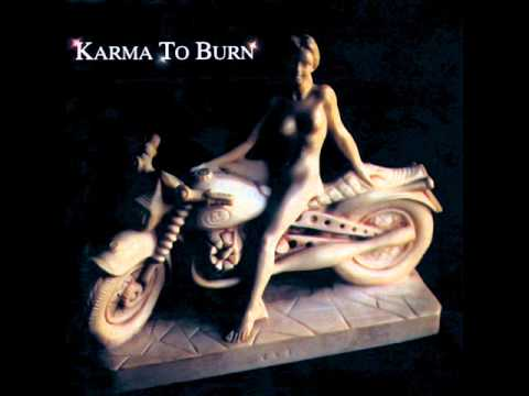Karma To Burn - Bobbi Bobbi Bobbi Im Not God