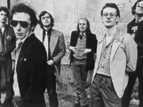 Graham Parker - Call Me Your Doctor