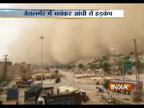 Heavy Sandstorm Hits Jaisalmer, Rajasthan - India TV
