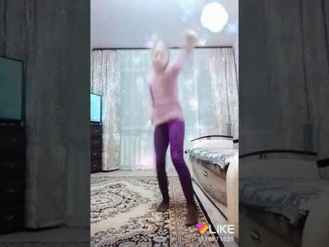 Танец просто супер не могу оторватся