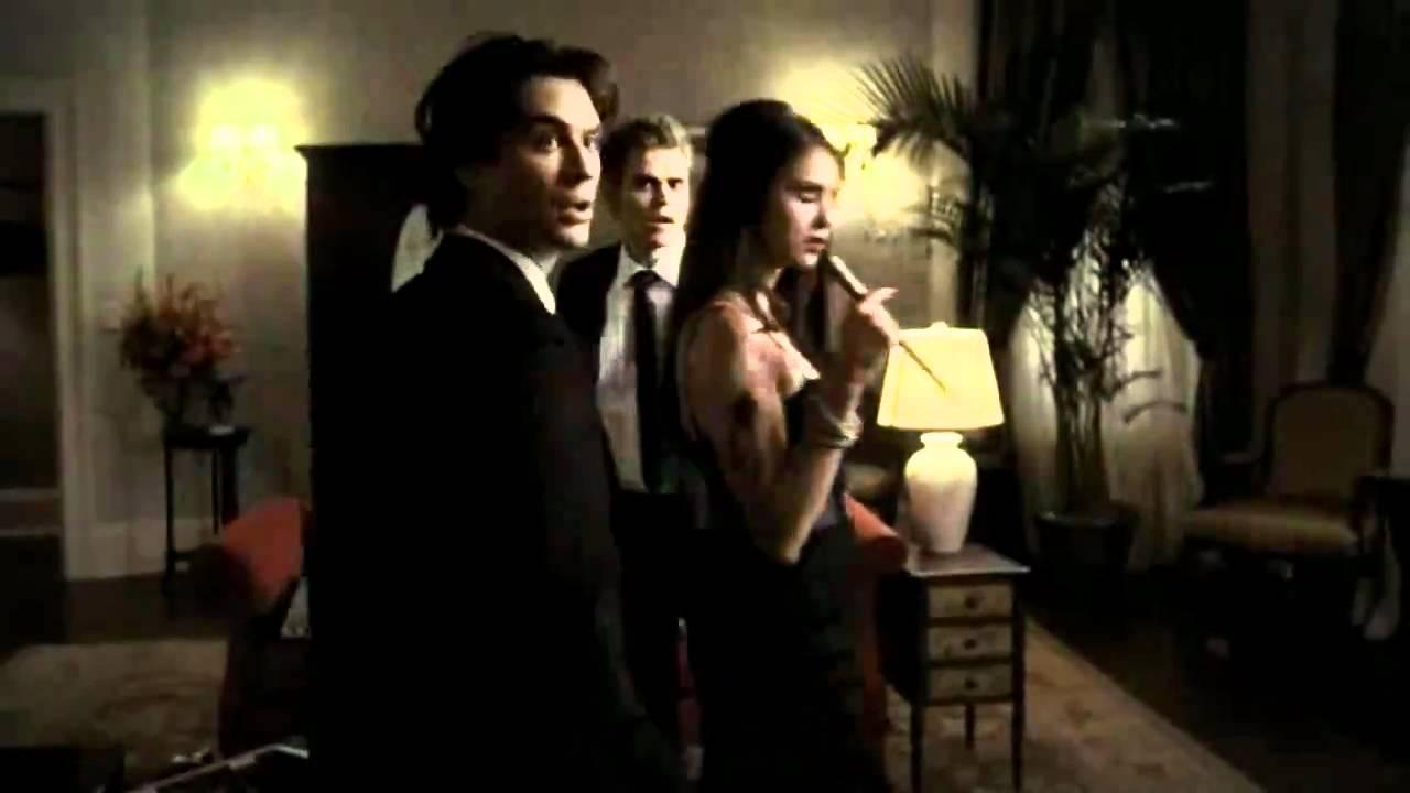 Damon y elena cronicas vampiricas 2x07 espa ol youtube for Damon y elena