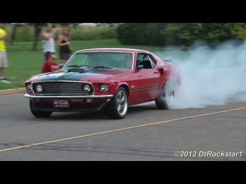 Mustangs Gone Wild: Burnouts, fishtailing, accelerating