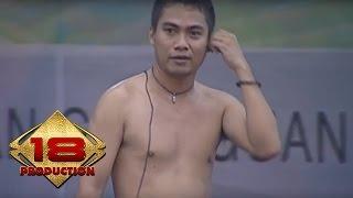 """KERENN """" NAFF """" NYANYI SAMPE BUKA BAJU SAKING SEMANGATNYA .. (LIVE KONSER PALEMBANG 2007)"""